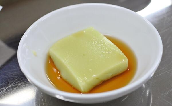 枝豆の葛豆腐
