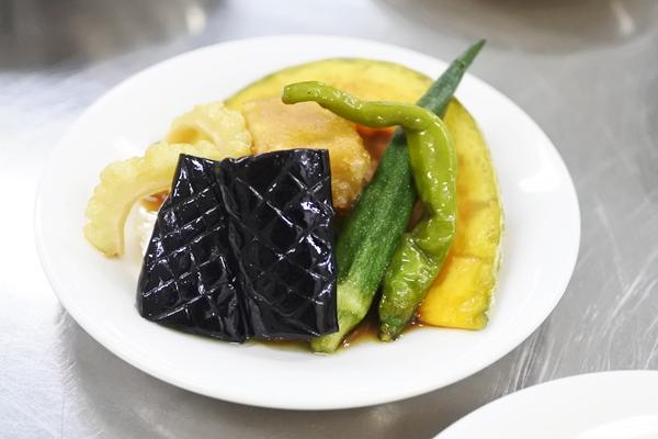 高野豆腐と夏野菜の揚げ浸し